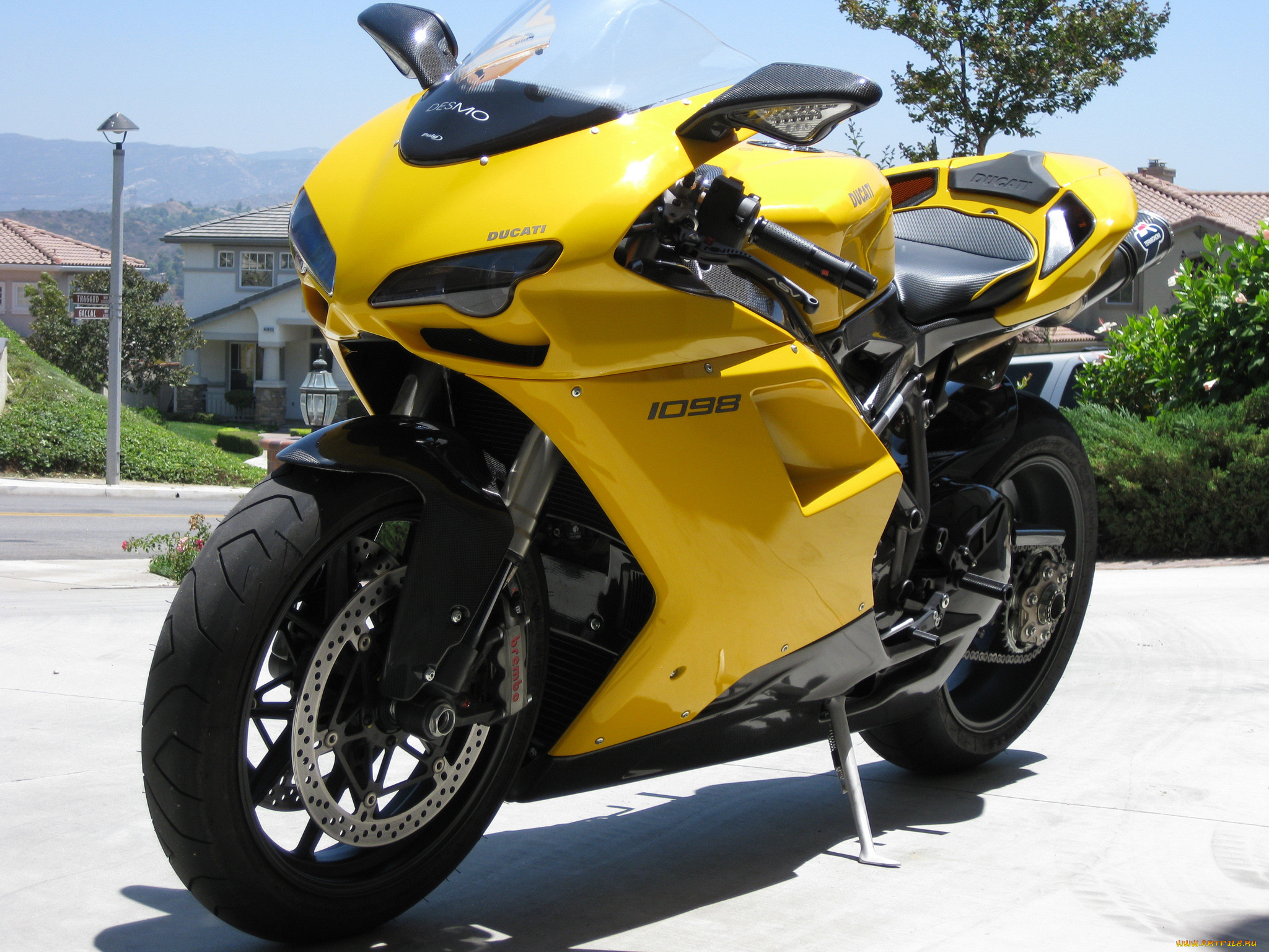 способом можно мотоциклы желтые картинки протяжении